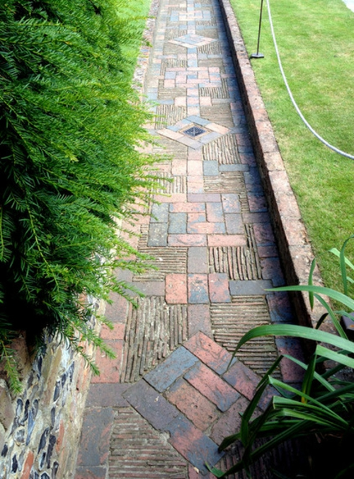 Magischer englischer Stadtgarten gestaltung fußweg pflaster