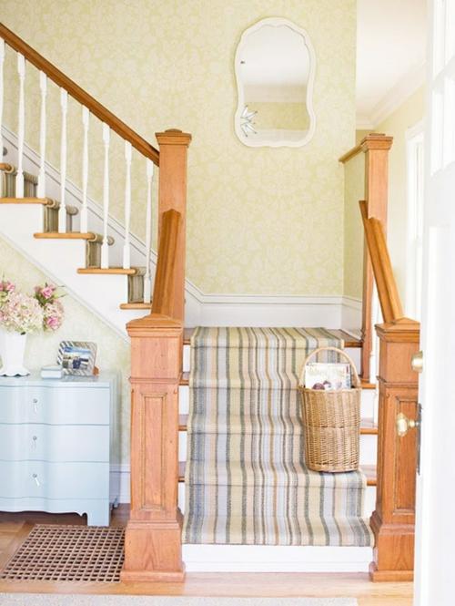 Treppenläufer und Teppiche für Holztreppen küstennah warme nuancen
