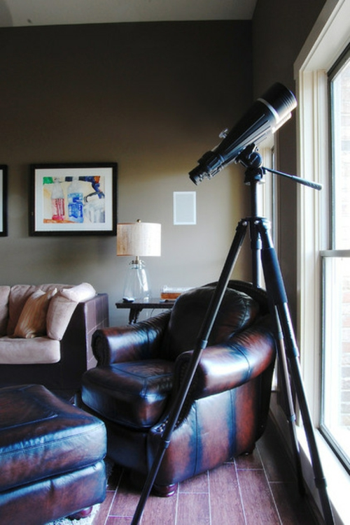 Warmes rustikal eingerichtetes Haus luxus wohnbereich leder sessel