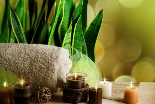Wellness-Einrichtung zu Hause kerzen tücher romantisch entspannend
