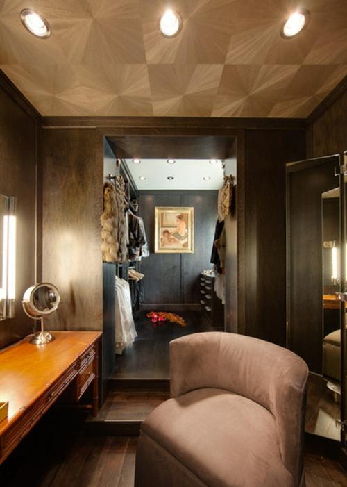Wohnideen für einen funktionalen Wandschrank ankleiderraum modern dunkel