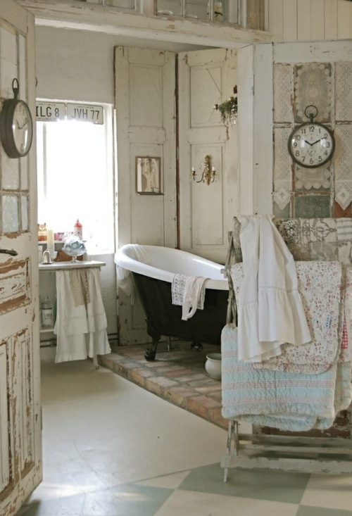 attraktive Badezimmer Design badewanne rustikal abgenutzt aussehen