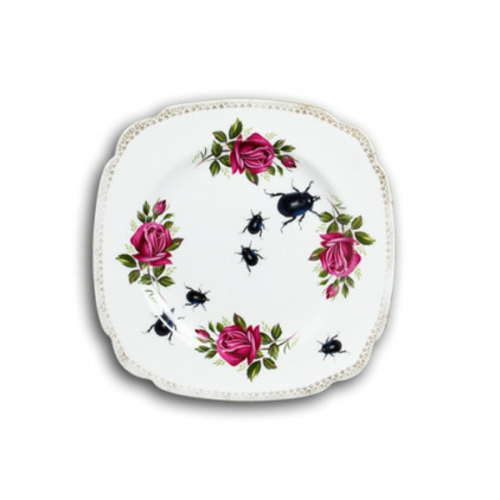 coole Accessoires im englischen Stil teller floral verziert