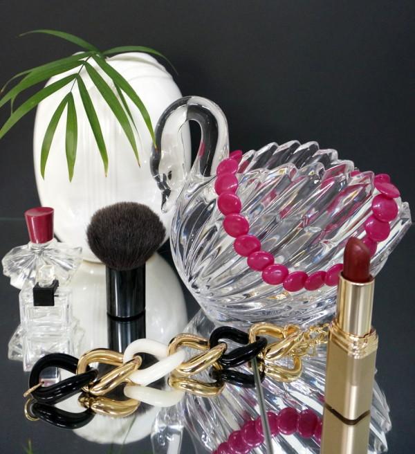 deko tricks ideen wohnung eitelkeit retro stil schminken spiegeloberfläche