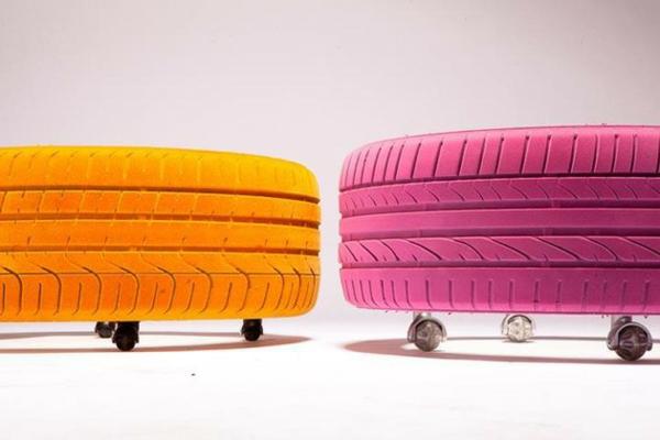 Designer Couchtisch Von Tavomatico U2013 Wie Man Aus Alten Reifen Ein  Stylisches Möbelstück Herstellt?