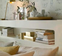 Elegantes Schlafzimmer in Gold und Weiß dekoriert