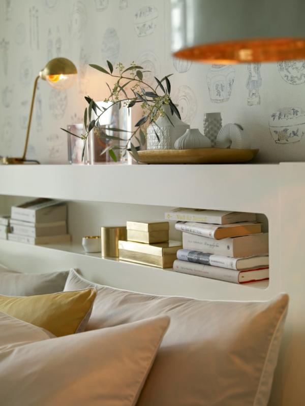 elegantes schlafzimmer kopfteil bücherregal