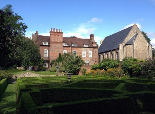 Magischer englischer stadtgarten histrorisches gartendesign for Fenster englisch