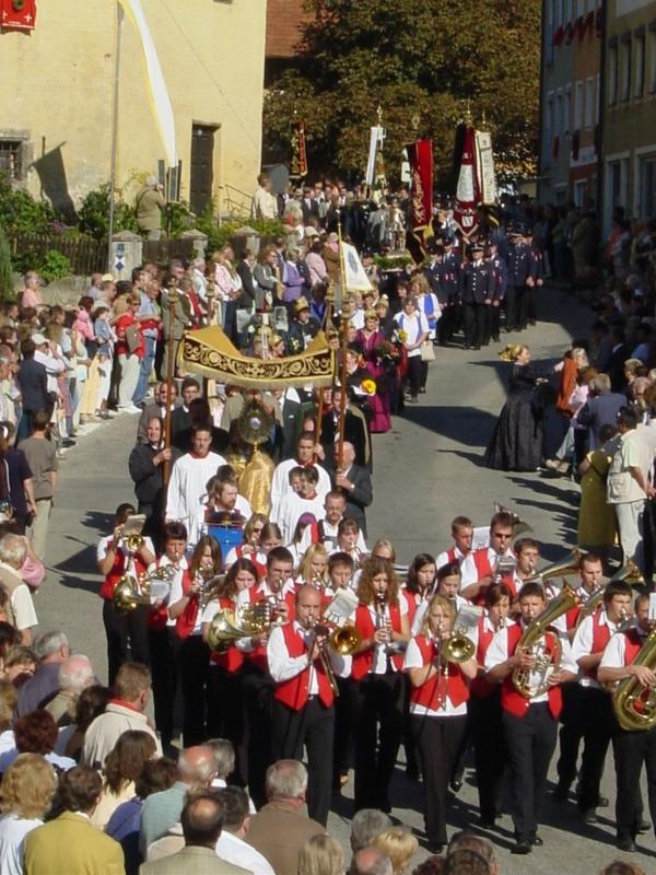 erntedankfest in deutschland feier zug