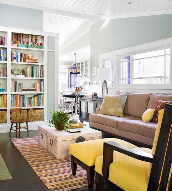familienfreundliche wohnzimmer beistelltisch aus alten truhen