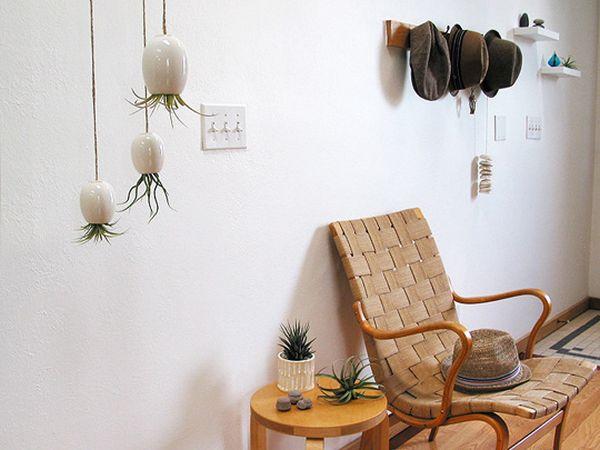Pflanzgefäss Wand Metall Farben gelb lila Flur Gestaltung