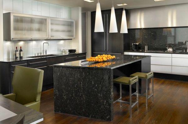 herbstfarben trends marmor kücheninsel in dunkelgrau