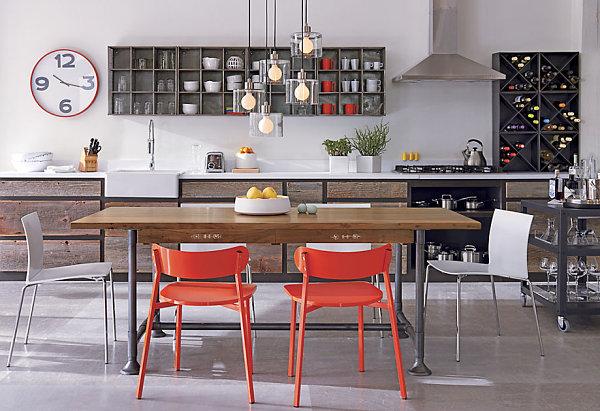 innendesign ideen orange farbe sofa essbereich stühle farbakzente