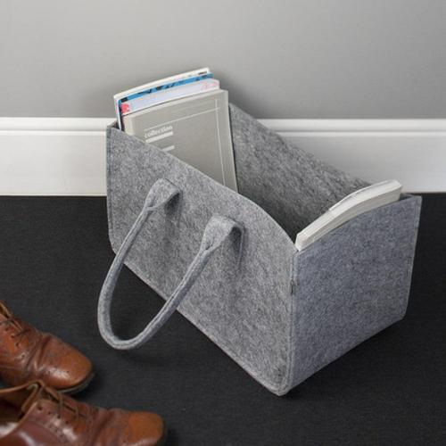leseecke einrichten graue zeitschriftentasche aus filz