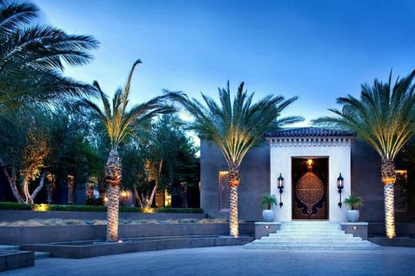 marokkanisches haus traditionell verzierte eingangstür