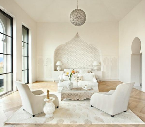 marokkanisches schickes haus weißer hochflor teppich runder kronleuchter