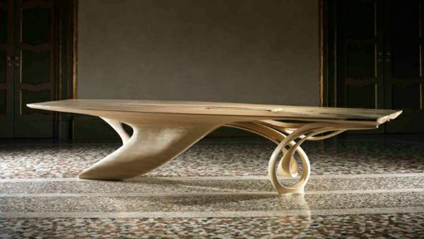 Massivholz tisch mit einzigartigem design continuum von for Design massivholztisch