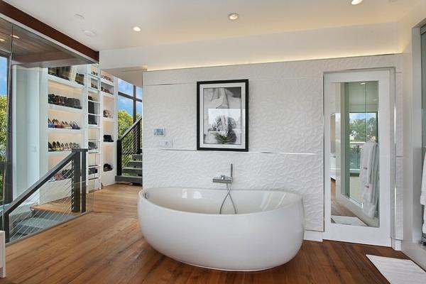moderne coole luxusvilla freistehende ovale wanne