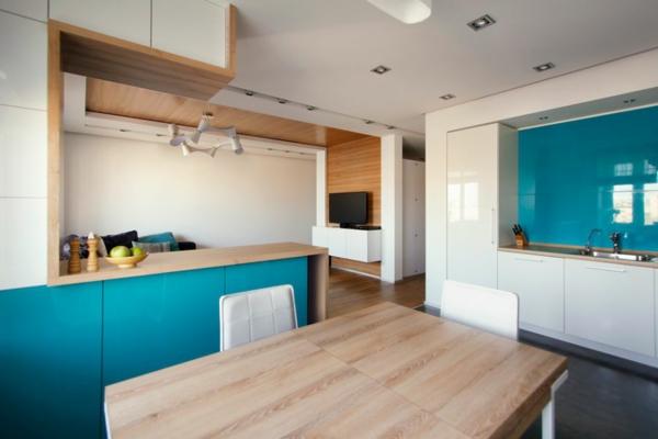 modernes apartment küchenrückwand aus glas in türkis