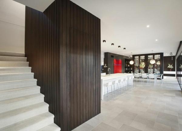 modernes architektenhaus - edle hölzerne einrichtung
