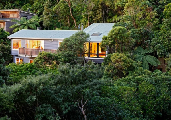 modernes designer haus natur bäume grüne
