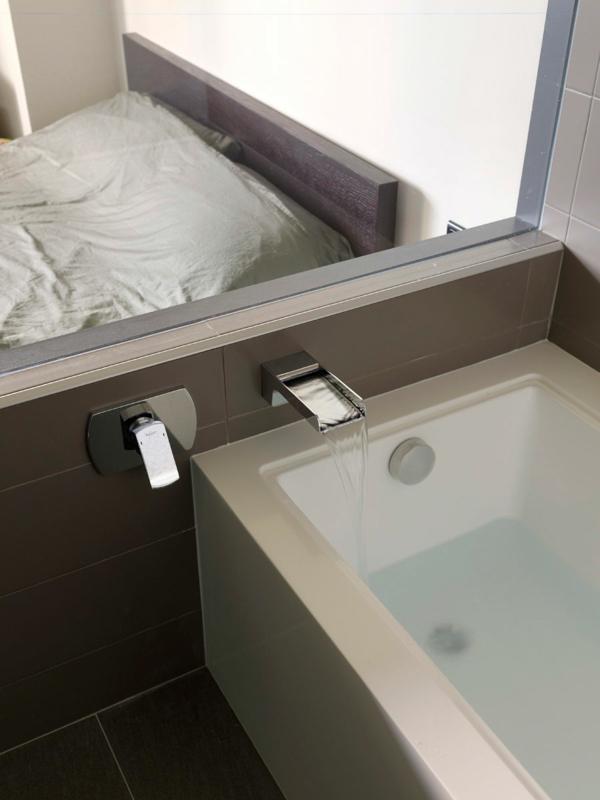 modernes wohnen originelle wasserhähne im badezimmer
