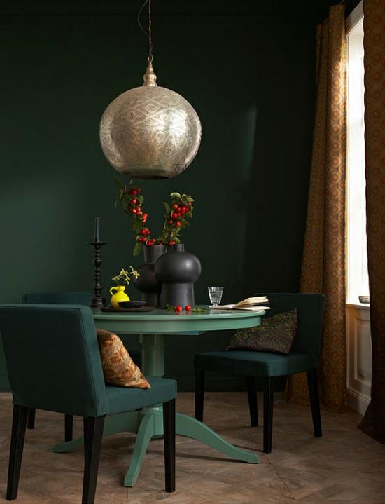raumgestaltung mit farben grün nuance wandfarbe tisch