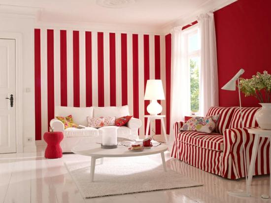raumgestaltung mit farben rot weiß streifen muster