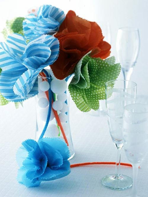 silvester party bunte stoffblumen mit punkten und streifen