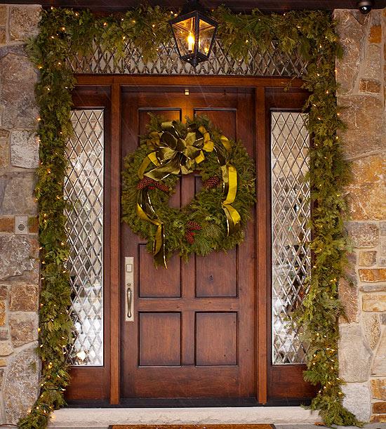 weihnachten deko bogen immergrün eingagng kranz
