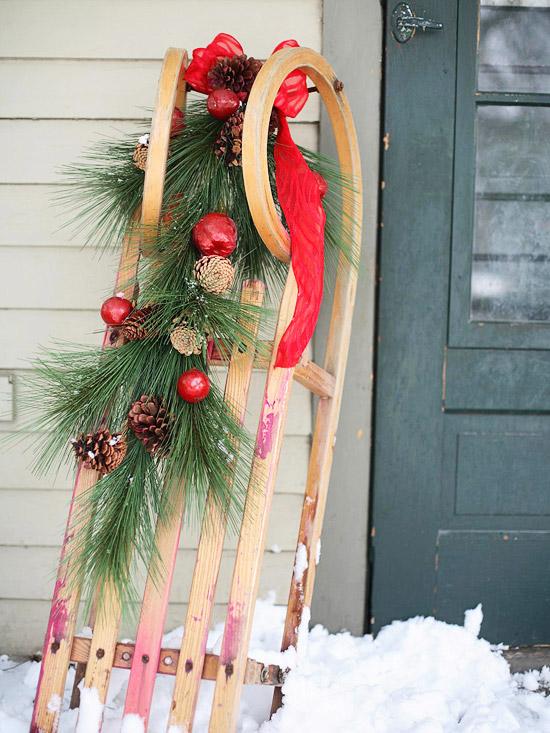 Weihnachtsdeko Draussen Holz ~ Festliche Weihnachtsdekoration draußen – schmücken Sie originell