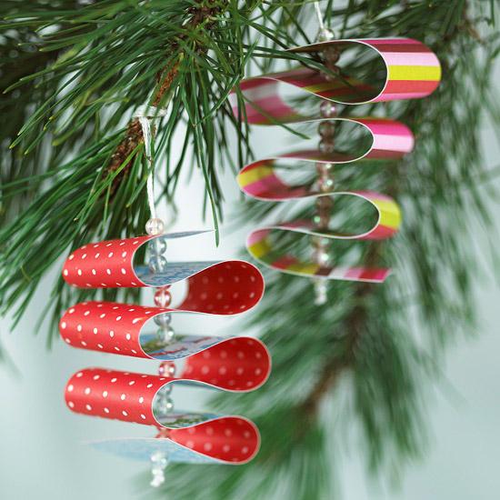 weihnachtsdeko basteln gefaltete bänder