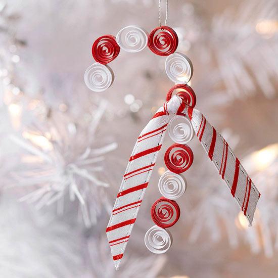 Weihnachtsdeko Basteln Zuckerstange Aus Papier Und Stoff In Rot Und Weiß