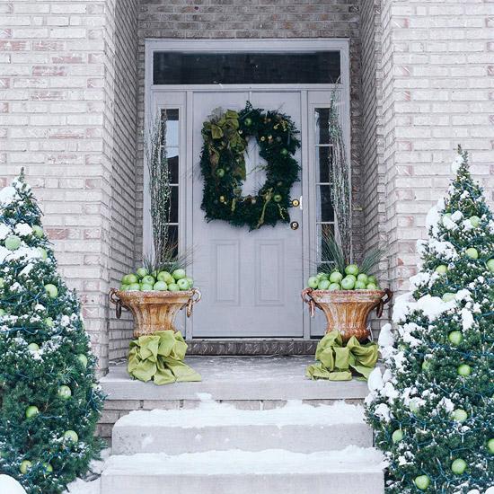 weihnachtsdeko ideen winter verzierung tannenbäume kranz äpfel