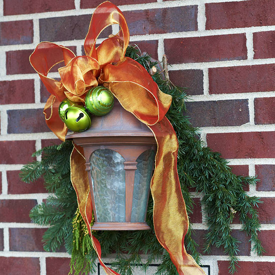weihnachtsdeko ideen winter verzierung wand laterne schleife