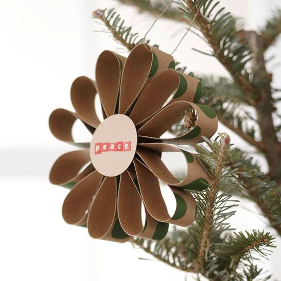 weihnachtsdekoration aus papier stilisierte blume aus karton