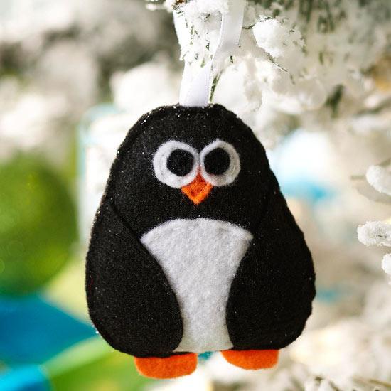 weihnachtsdekoration basteln pinguin figur filz stoff
