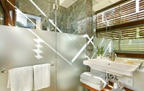 wellness-haus spa hotel design badezimmer privat