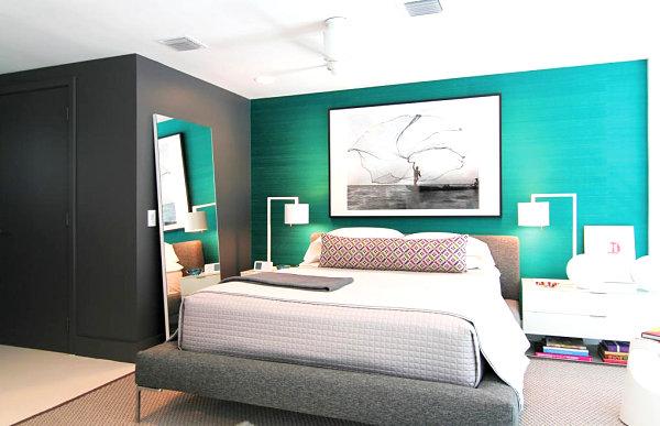wohnen und dekorieren schlafzimmer bett spiegel gemälde