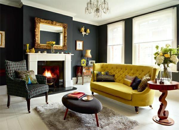 wohnzimmer farben vergoldeter Spiegelrahmen im Barockstil