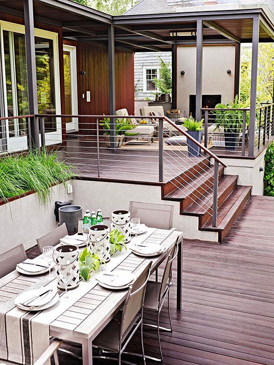 wunderschöne veranda inspirationen holzdielen und treppe