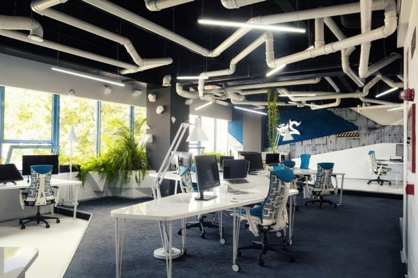 Büro wie ein Raumschiff eingerichtet rohren zimmerdecke