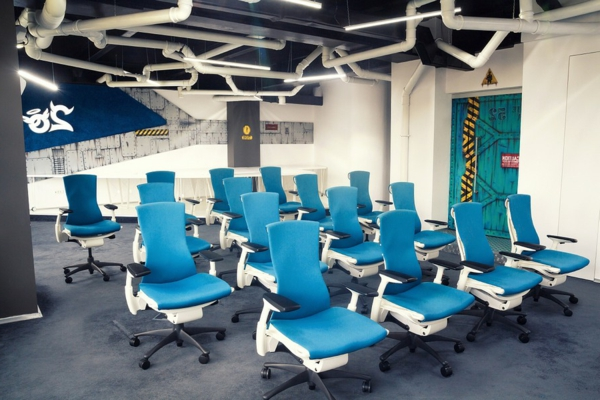 Büro wie ein Raumschiff ezzo design office