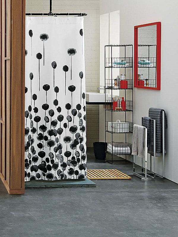 Badeinrichtung tücher wandspiegel rot rahmen Badzubehör regale