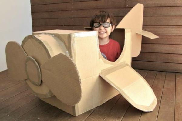 Kinder karton flugzeug Basteln