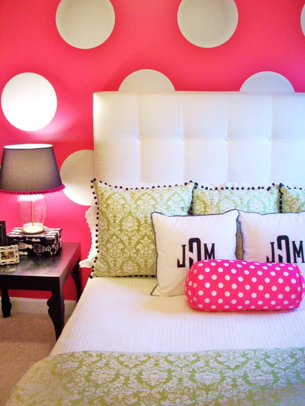 12 bunte schlafzimmer designs welche farben bevorzugen sie. Black Bedroom Furniture Sets. Home Design Ideas