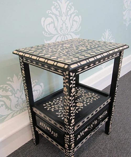 Dekoideen für bemalte Möbel schablonen indisch schwarz