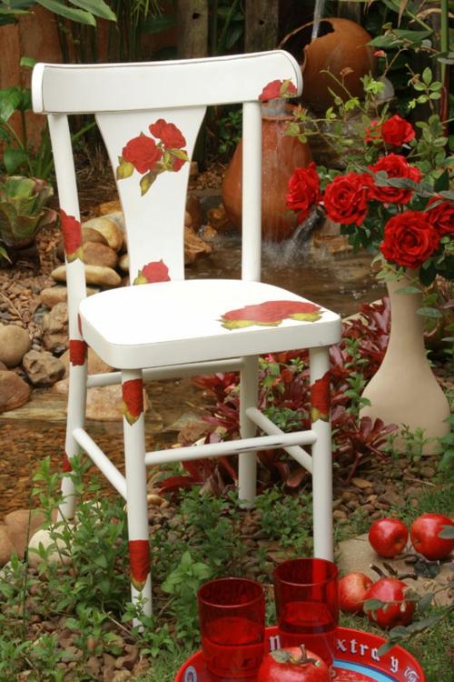 Dekoideen für bemalte Möbel stuhl weiß rot blumen