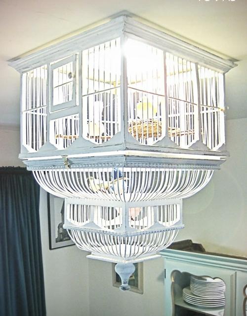 DIY Kronleuchter aus Vintage Schmuck weiß vogelkäfig