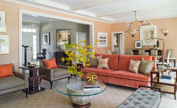 Das Interieur mit Farben bedecken pfirsich sofas couchtisch